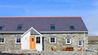 Y Beudy - Luxury Self Catering Cottage sleeping upto 8 people